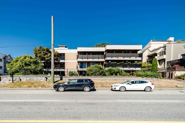 406 715 ROYAL AVENUE, New Westminster