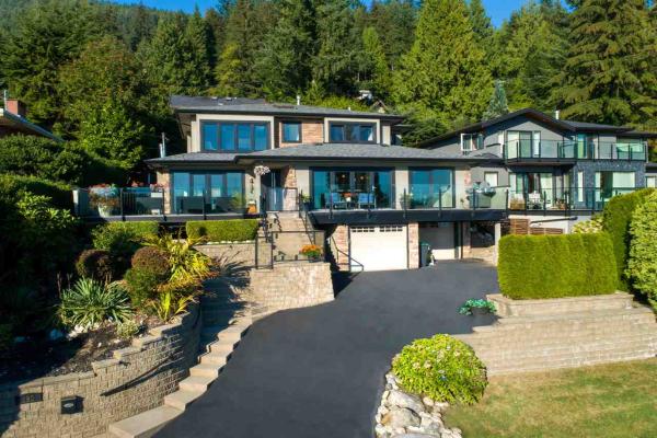 580 ALPINE COURT, North Vancouver