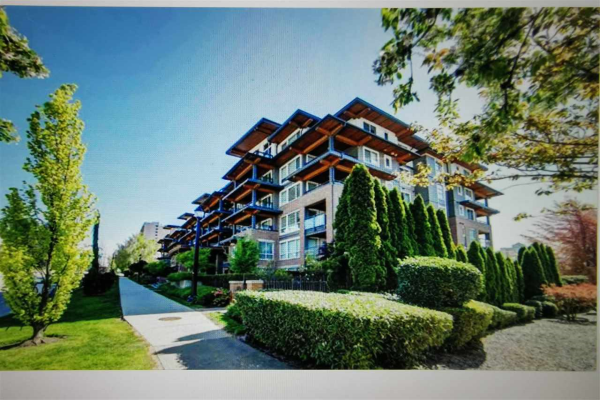 407 500 ROYAL AVENUE, New Westminster