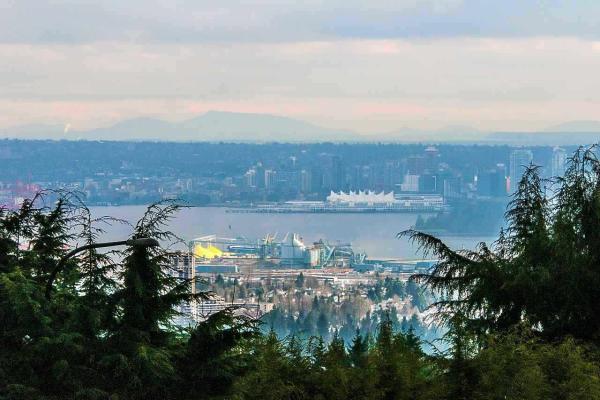 910 EYREMOUNT DRIVE, West Vancouver