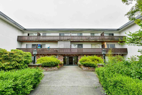 109 910 FIFTH AVENUE, New Westminster