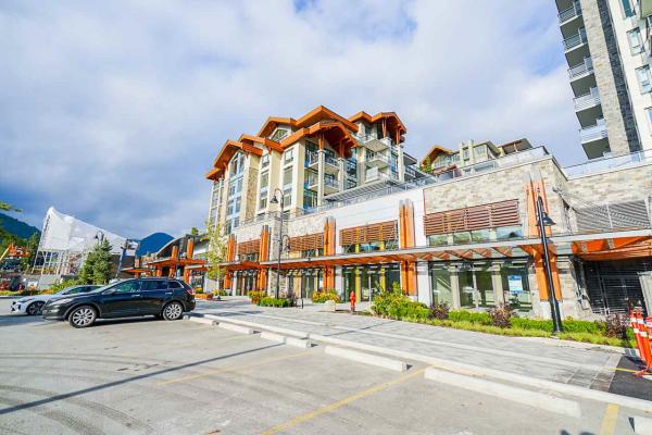 306 2780 VALLEY CENTRE AVENUE, North Vancouver