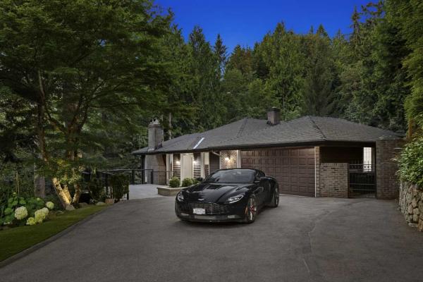 575 STEVENS DRIVE, West Vancouver