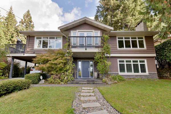 4390 VALENCIA AVENUE, North Vancouver