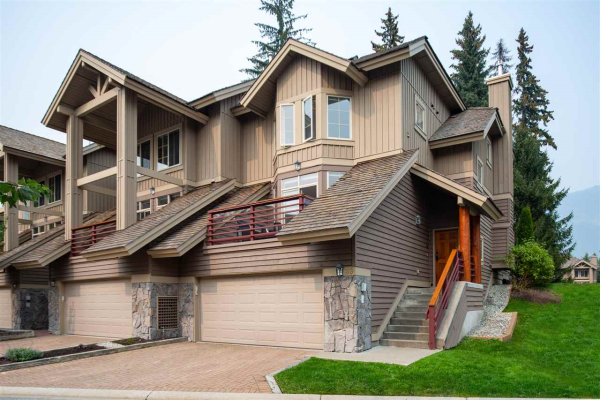39 8030 NICKLAUS NORTH BOULEVARD, Whistler