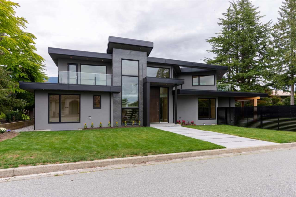 2710 CRESCENTVIEW DRIVE, North Vancouver