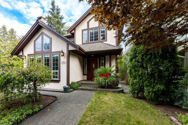 890 RUCKLE COURT, North Vancouver