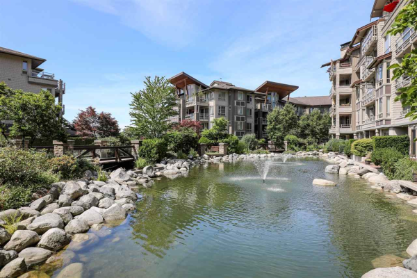 420 560 RAVEN WOODS DRIVE, North Vancouver