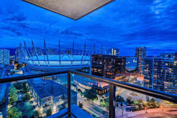 2502 928 BEATTY STREET, Vancouver