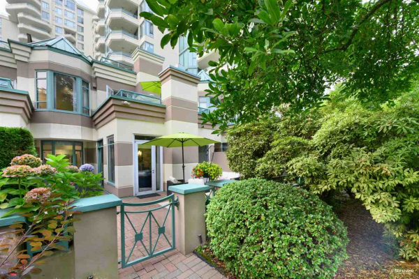 354 TAYLOR WAY, West Vancouver