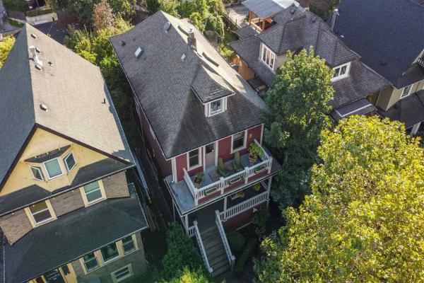 1642 CHARLES STREET, Vancouver