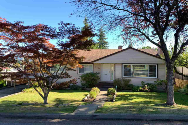 4776 GILPIN COURT, Burnaby