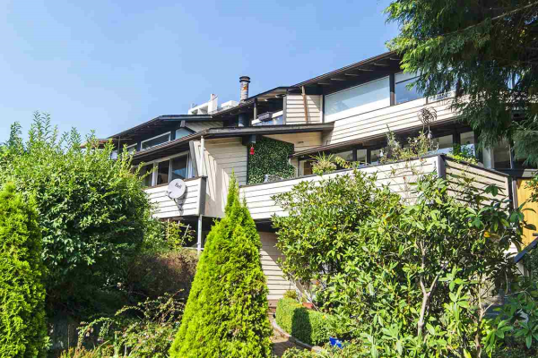 1289 KEITH ROAD, West Vancouver