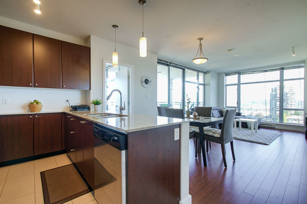 904 280 ROSS DRIVE, New Westminster