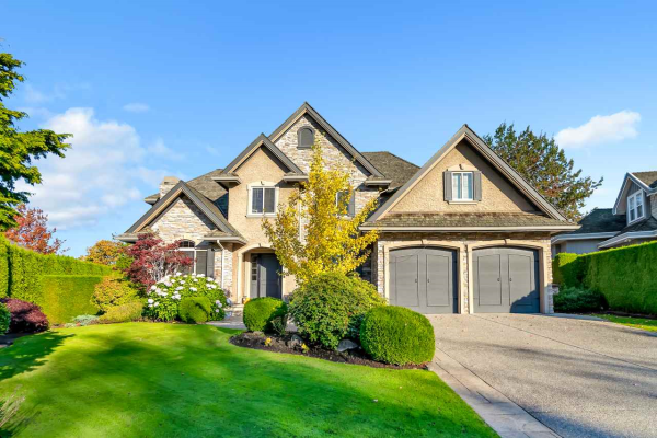 16355 LINCOLN WOODS COURT, Surrey