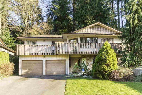 2038 FLYNN PLACE, North Vancouver
