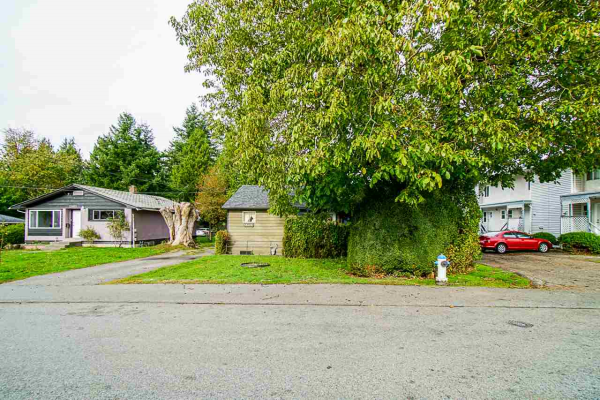 33905 MAYFAIR AVENUE, Abbotsford