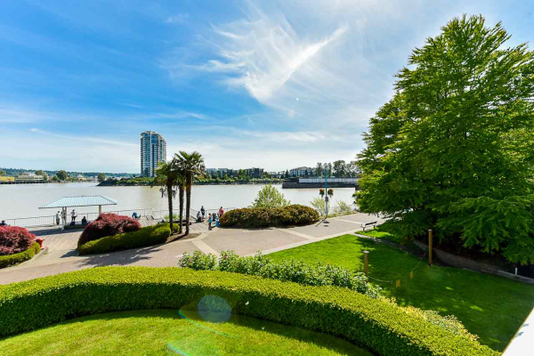 204 1230 QUAYSIDE DRIVE, New Westminster