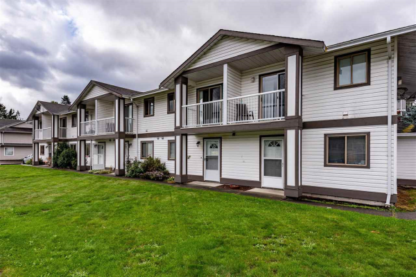 4 46294 FIRST AVENUE, Chilliwack