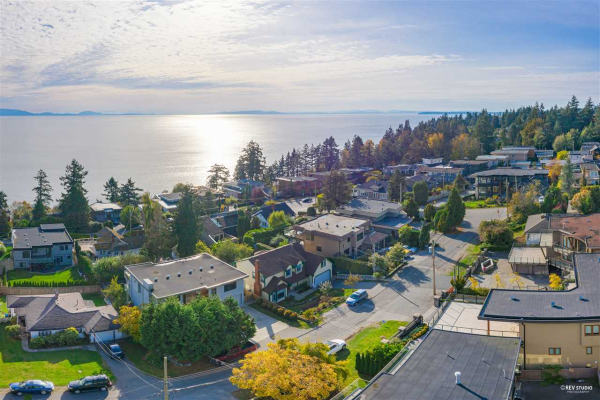 14186 WHEATLEY AVENUE, White Rock