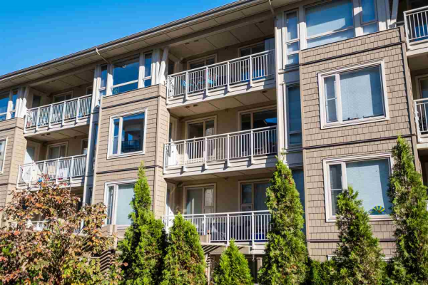 308 2665 MOUNTAIN HIGHWAY, North Vancouver