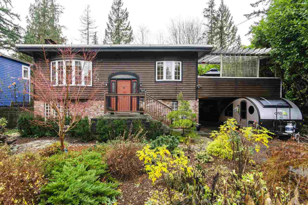 747 GRANTHAM PLACE, North Vancouver
