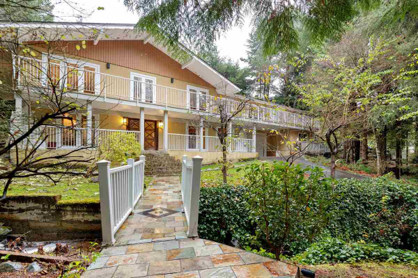 107 BONNYMUIR DRIVE, West Vancouver