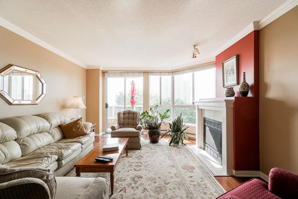 702 1245 QUAYSIDE DRIVE, New Westminster