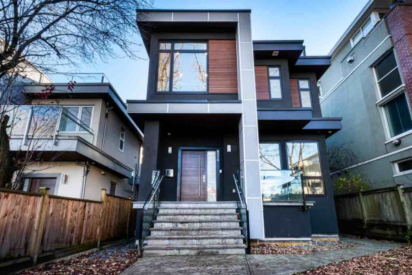 974 W 22ND AVENUE, Vancouver