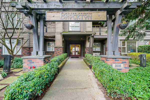 312 808 SANGSTER PLACE, New Westminster