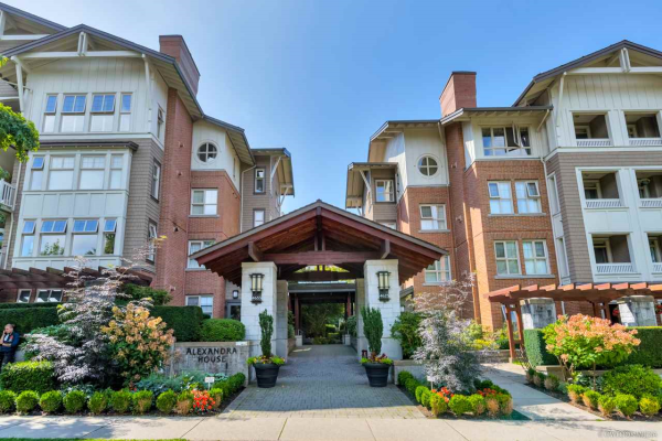 2208 4625 VALLEY DRIVE, Vancouver