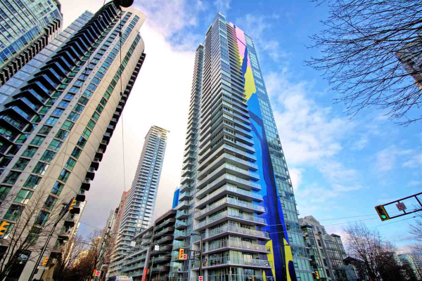 303 499 PACIFIC STREET, Vancouver