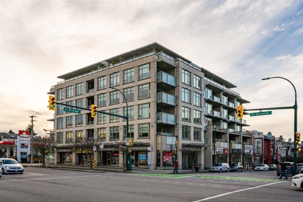 501 1808 W 1ST AVENUE, Vancouver