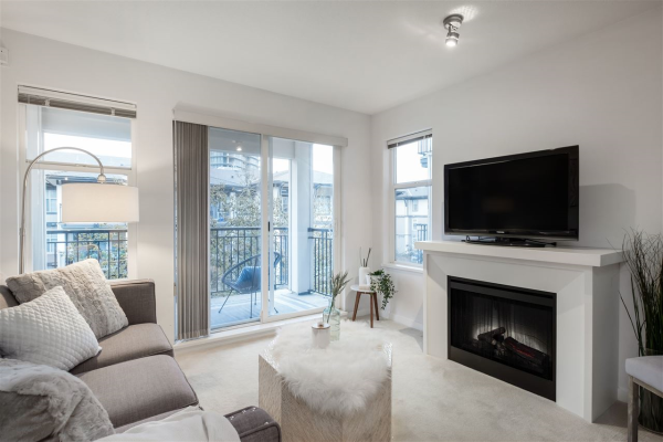 206 4799 BRENTWOOD DRIVE, Burnaby