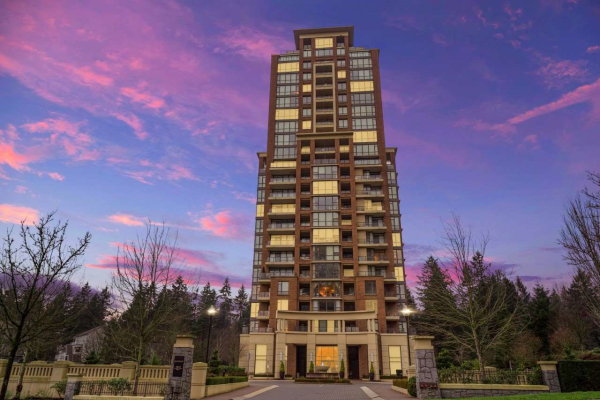 301 6823 STATION HILL DRIVE, Burnaby