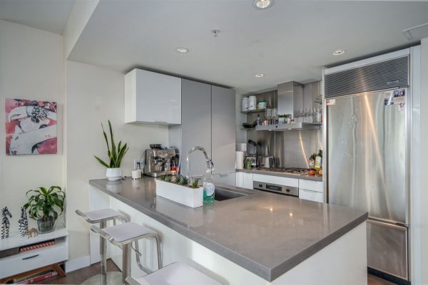 2303 788 RICHARDS STREET, Vancouver