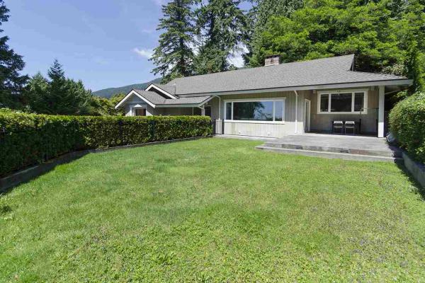 2655 PALMERSTON AVENUE, West Vancouver