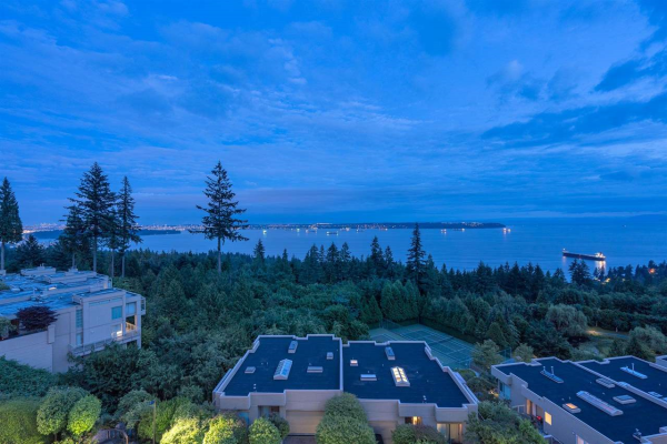601 3105 DEER RIDGE DRIVE, West Vancouver