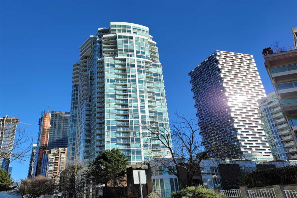 810 1500 HORNBY STREET, Vancouver