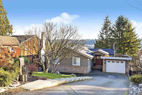 658 FORESTHILL PLACE, Port Moody