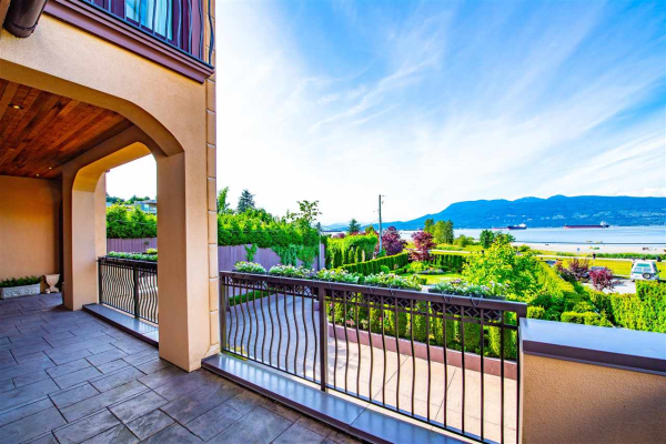 4588 NW MARINE DRIVE, Vancouver