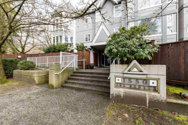 102 1550 FELL AVENUE, North Vancouver