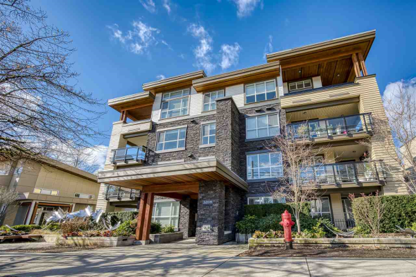 205 3205 MOUNTAIN HIGHWAY, North Vancouver