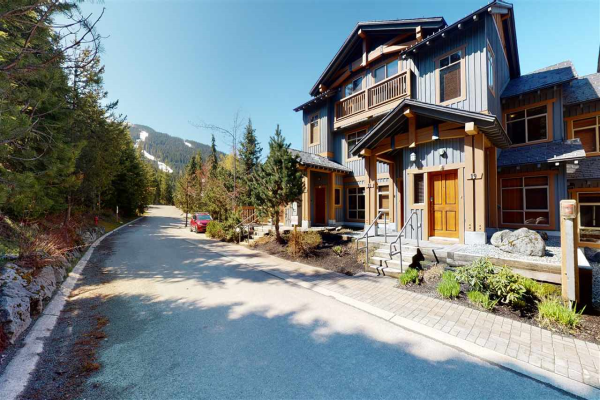 19 2301 TALUSWOOD PLACE, Whistler