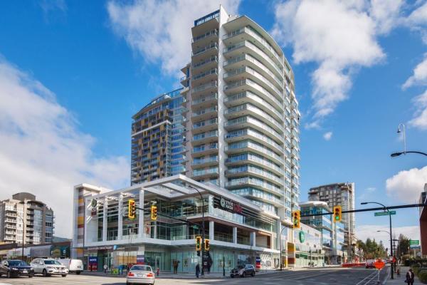 702 112 E 13TH STREET, North Vancouver