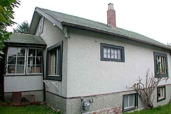 112 TENTH AVENUE, New Westminster