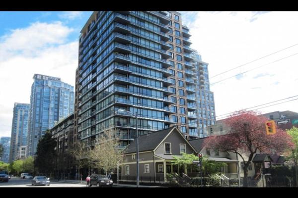 717 1088 RICHARDS STREET, Vancouver