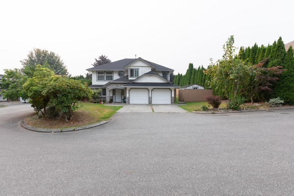 3118 GOLDFINCH STREET, Abbotsford