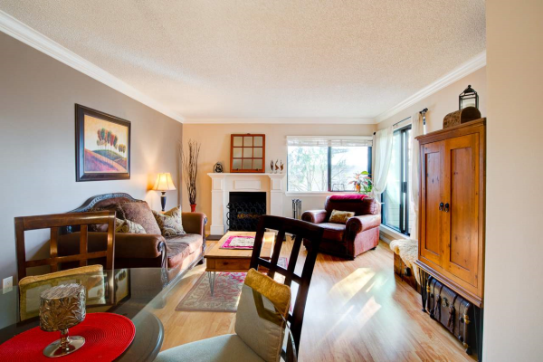 302 3275 MOUNTAIN HIGHWAY, North Vancouver