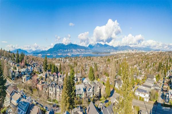 302 3639 W 16 AVENUE, Vancouver